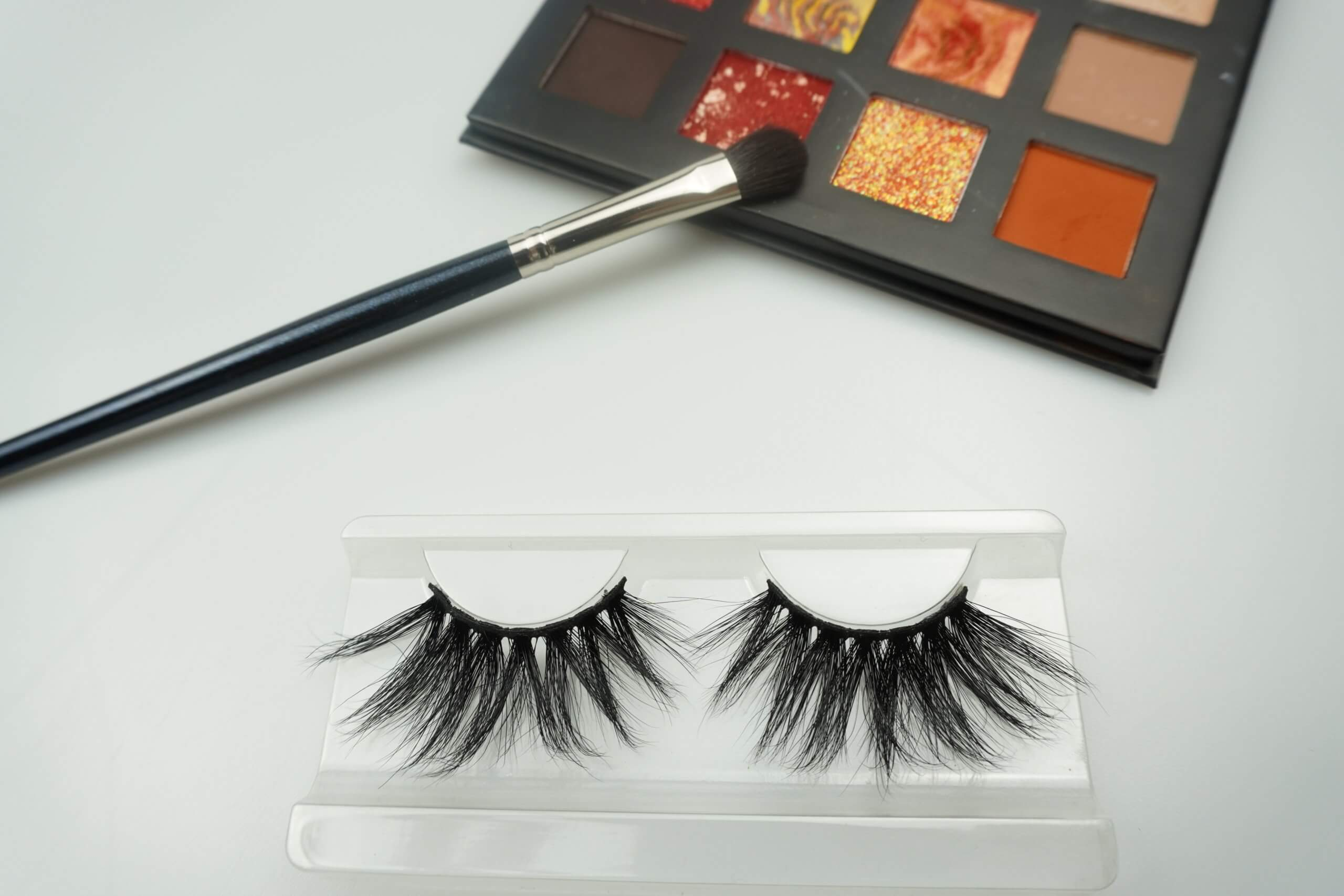 glamourous 25mm lashes G08
