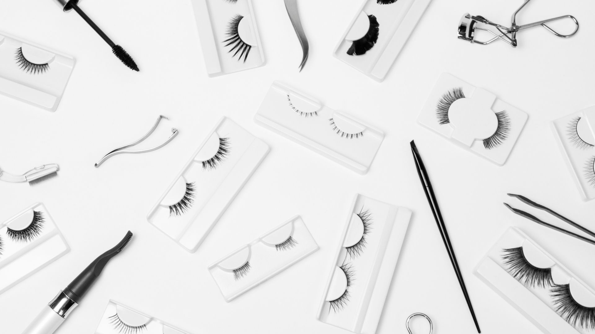 Find a professional, and responsible eyelash vendor is the basic and important